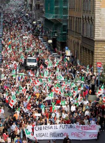 izquierda_italiana_manifesta_Berlusconi